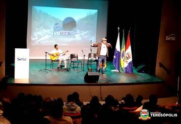 Apresentação cultural do professor Ivan Castilho e do aluno José Vitor, da Escola Municipal de Música