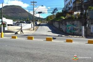 Com a alteração da direção, retorno em frente à rua do hospital São José é fechado
