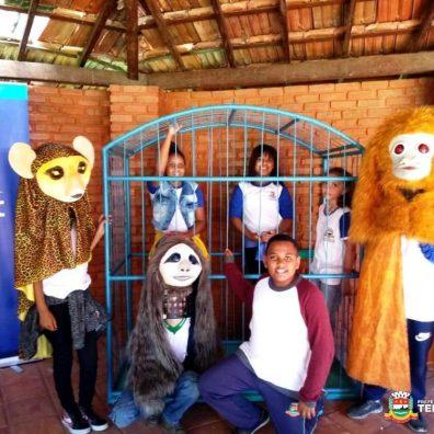 Recreação durante o projeto 'Escola no Parque'