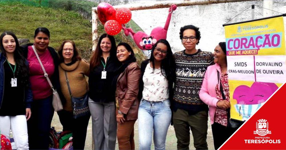 Famílias da Coreia e do Jacarandá são atendidas pela campanha 'Coração que me aquece'