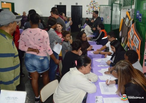 Moradores da Beira Linha, Fátima e Araras na Operação Prefeitura Presente