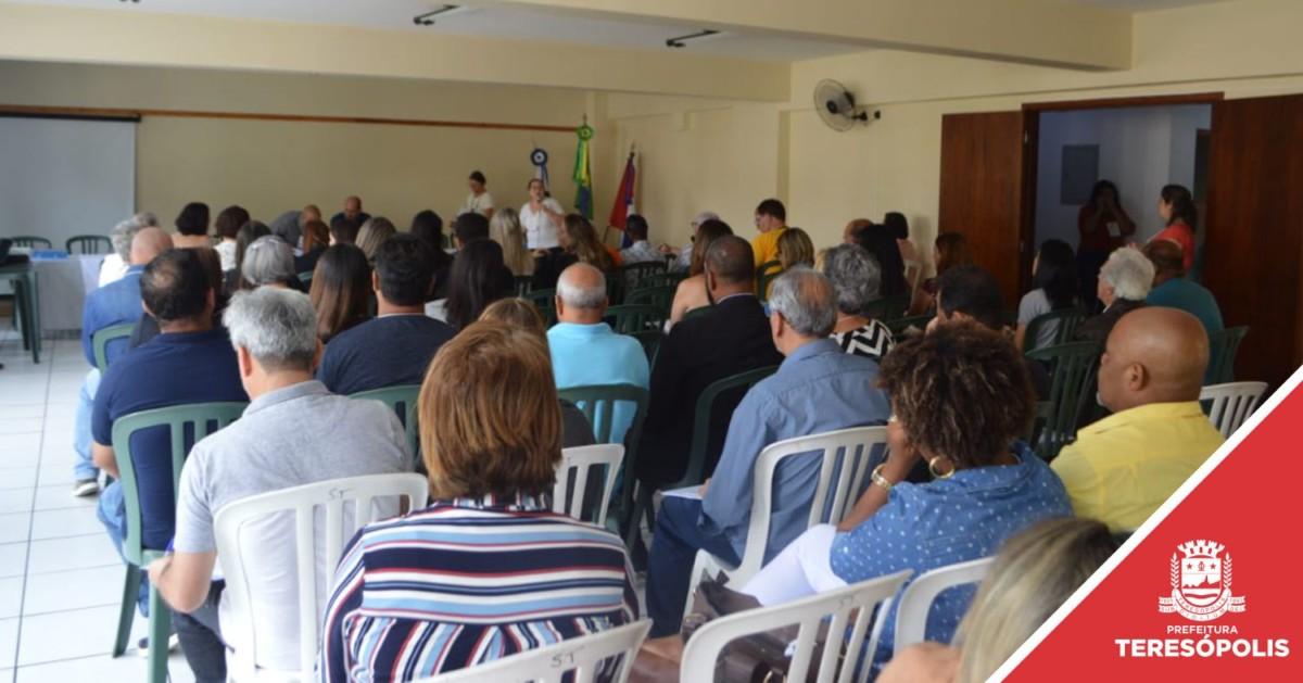 Conferência aprova moções e elege entidades para o novo Conselho de Saúde