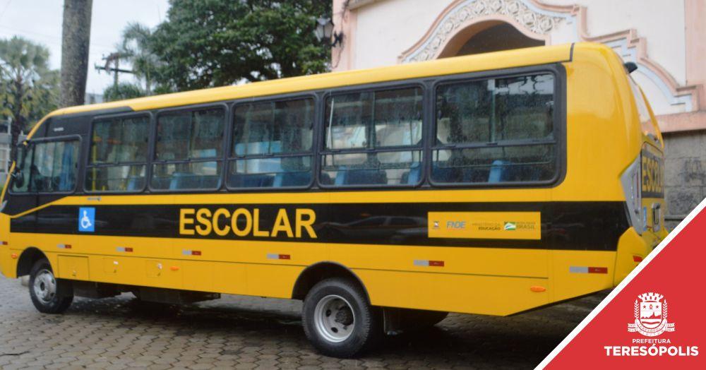 Teresópolis recebe mais um ônibus adaptado para transporte dos alunos da rede municipal
