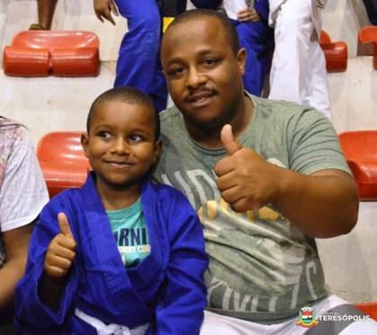 Wellington Anacler tem orgulho em ver o filho Miguel seguindo uma atividade esportiva