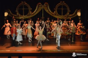 Ballet 'Quebra-Nozes' encanta público em Teresópolis