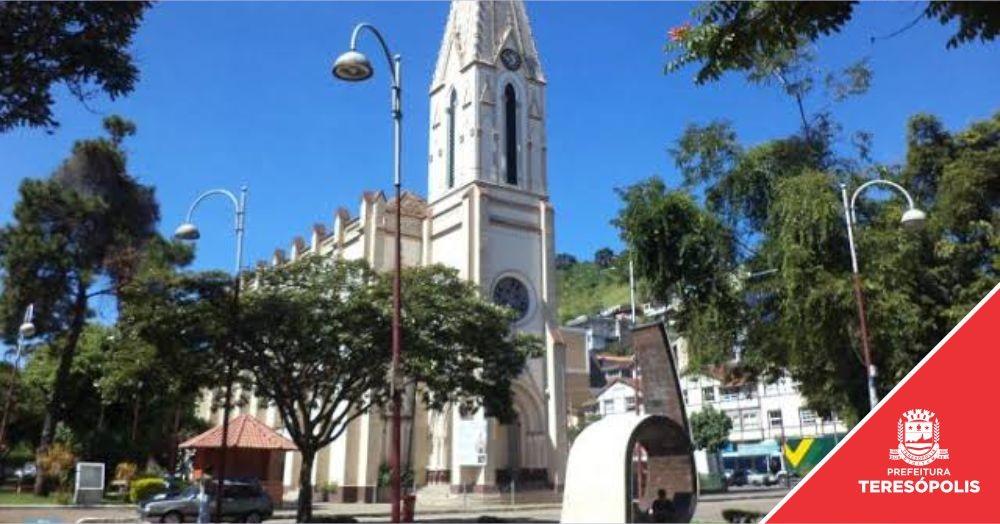 Prefeitura abre Chamada Pública para ambulantes que desejam comercializar produtos na Praça de Santa Teresa