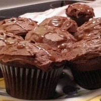 Chocolate Caramel Surprise Cupcakes Recipe #WerthersCaramel