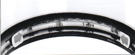 Pista exterior de rodamiento oxidado