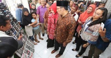 Buka Selama 24 jam Pasar Kosambi Akan Jadi Tempat favorit Belanja Di Bandung