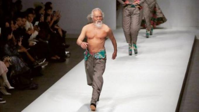 Kakek Terhot di China, Model Ini Usianya 81 Tahun