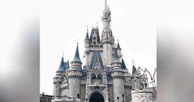 Tawarkan Sensasi Makan di Angkasa, Disney Bangun Restoran Galaksi