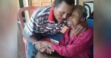 Mengharukan Anak dan Ibu Terpisah 38 Tahun Kini Bertemu Kembali