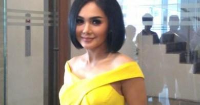 Yuni Shara Jadi Sorotan Netizen Saat Pose Bersama AHY