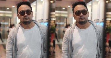 Bebi Romeo Tertangkap Camera Sedang Beribadah di Atas Trotoar, Netizen: Salut!