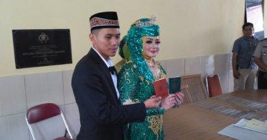 Mengerikan, Dikantor Polisi Ibu Ini Sumpah Serapah Akibat Tak Setuju Anaknya Menikah
