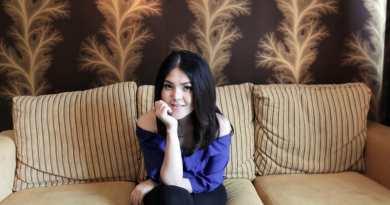 Cuma Pakai Sandal Jepit Tina Toon Tak Diizinkan Masuk Restoran