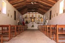 O interior da belíssima Igreja