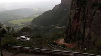No dia seguinte, voltamos à Serra, porém pegamos um tempo nublado e chuvoso