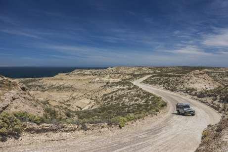 Mochileiro nas estradas da Península Valdés