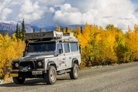 Mochileiro na Alaska Highway