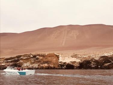 Geoglifo nei pressi delle Isole Ballestas