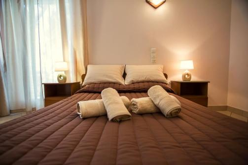 Vasilios Marinos Rooms (Booking)