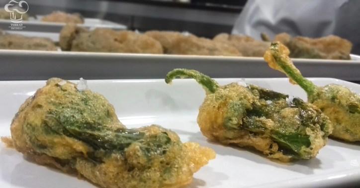 Receta de pimientos del Padrán rellenos de pescado al curry