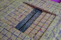 Water effect on the broken tiles