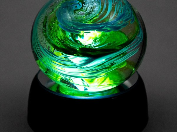 Paperweight lighted
