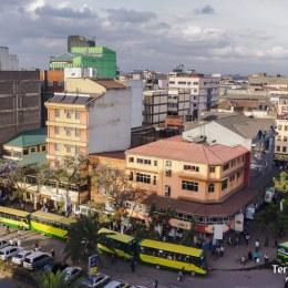 Deixar-se endur pel bullici de Nairobi