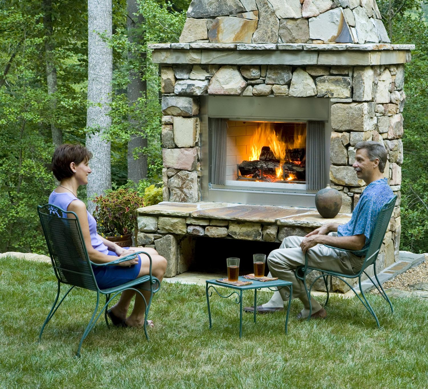 30 Perfect Outdoor Fireplace Pictures