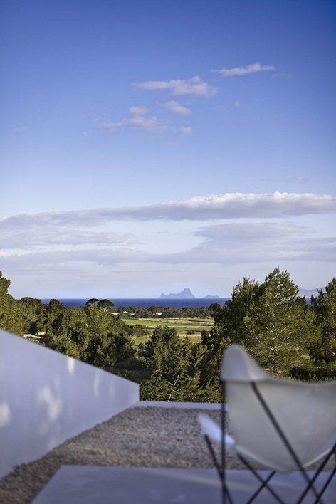 Can Manuel de'n Corda. terraza vistas.cuando menos es más