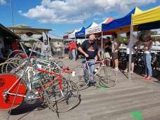 retro cycling nuts at the Noosa Strade Bianche