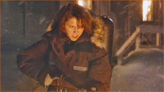"""Dr. Kate (Mary Elizabeth Winstead) brings the heat in """"The Thing""""."""