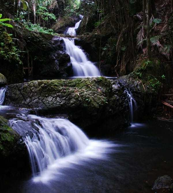 Friday Fotos—spectacular Hawaiian waterfalls