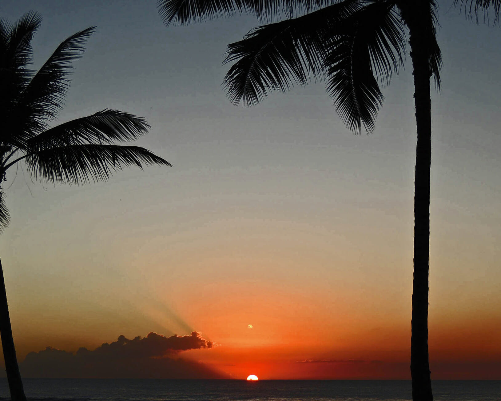 Hawaii sunset filled with beautiful colors