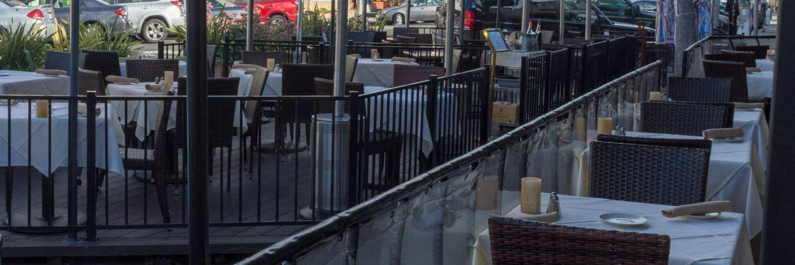 Sidewalk dining in Carlsbad