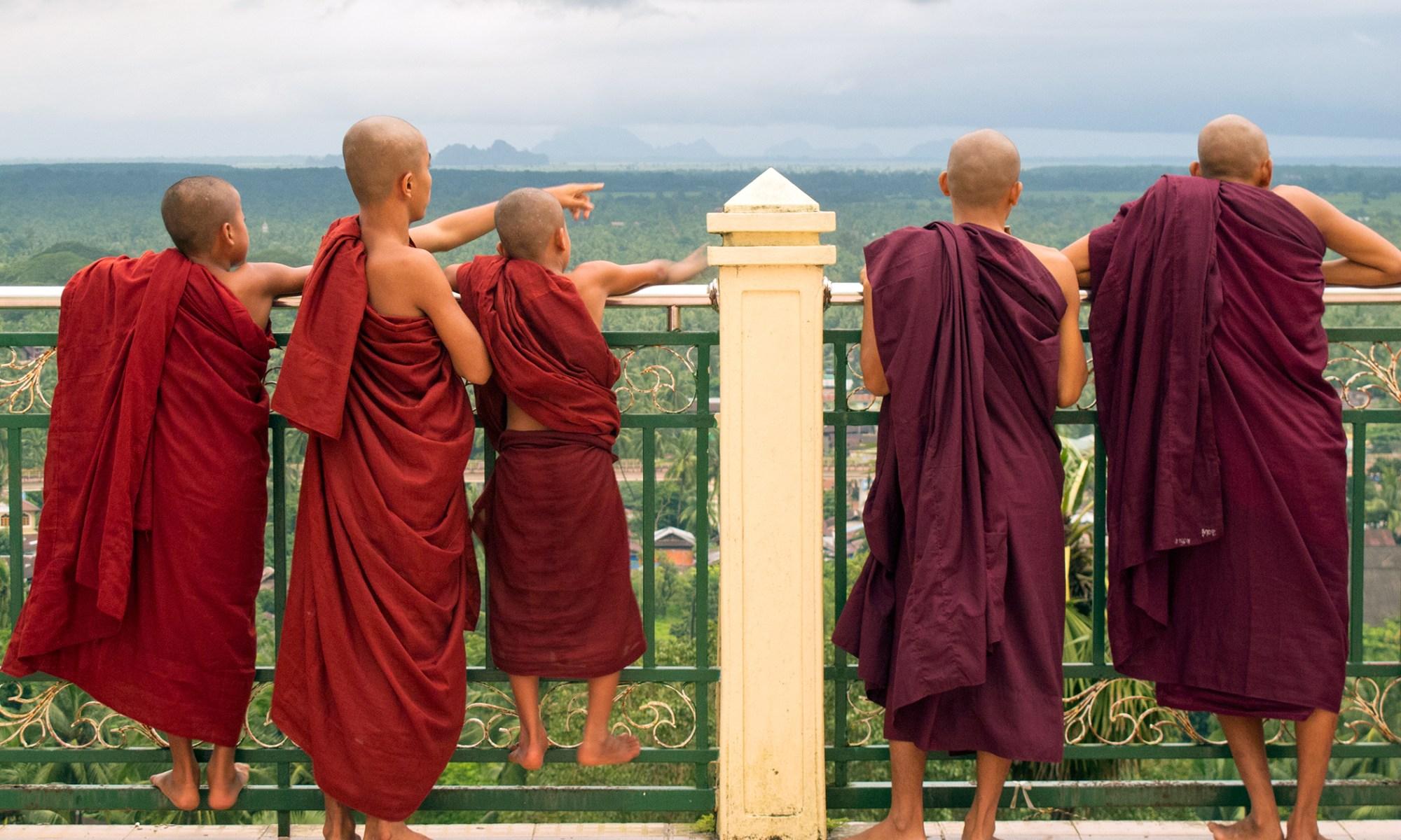 Team of Monks
