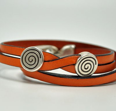 Tomen's Eternity Tangerine Leather Bracelet