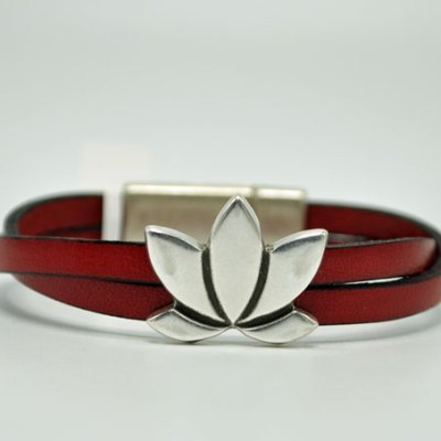 Women's Lotus Red Leather Bracelet