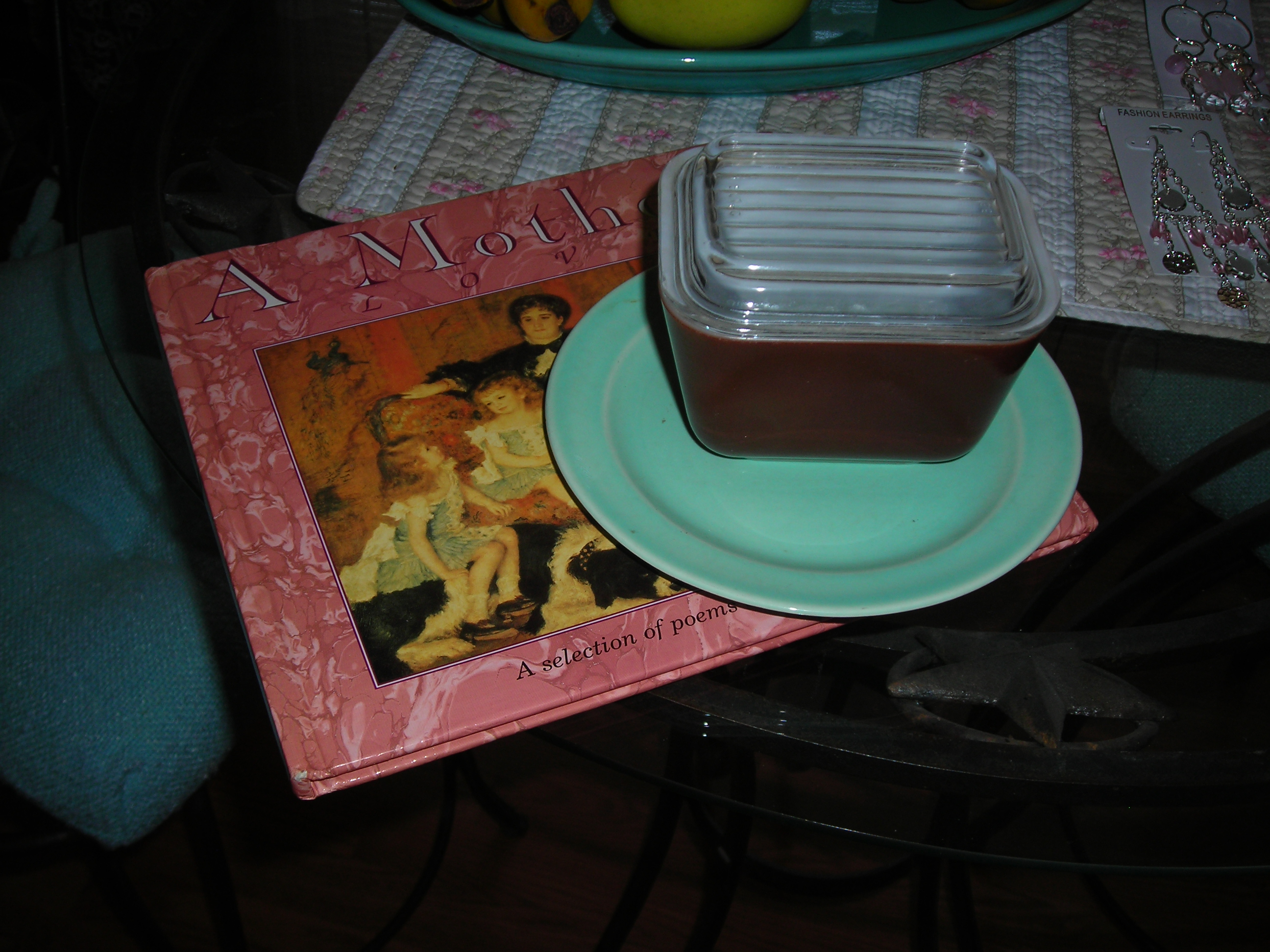 great little brown pyrex piece and turquoise plate from the gossip bench ... love them!