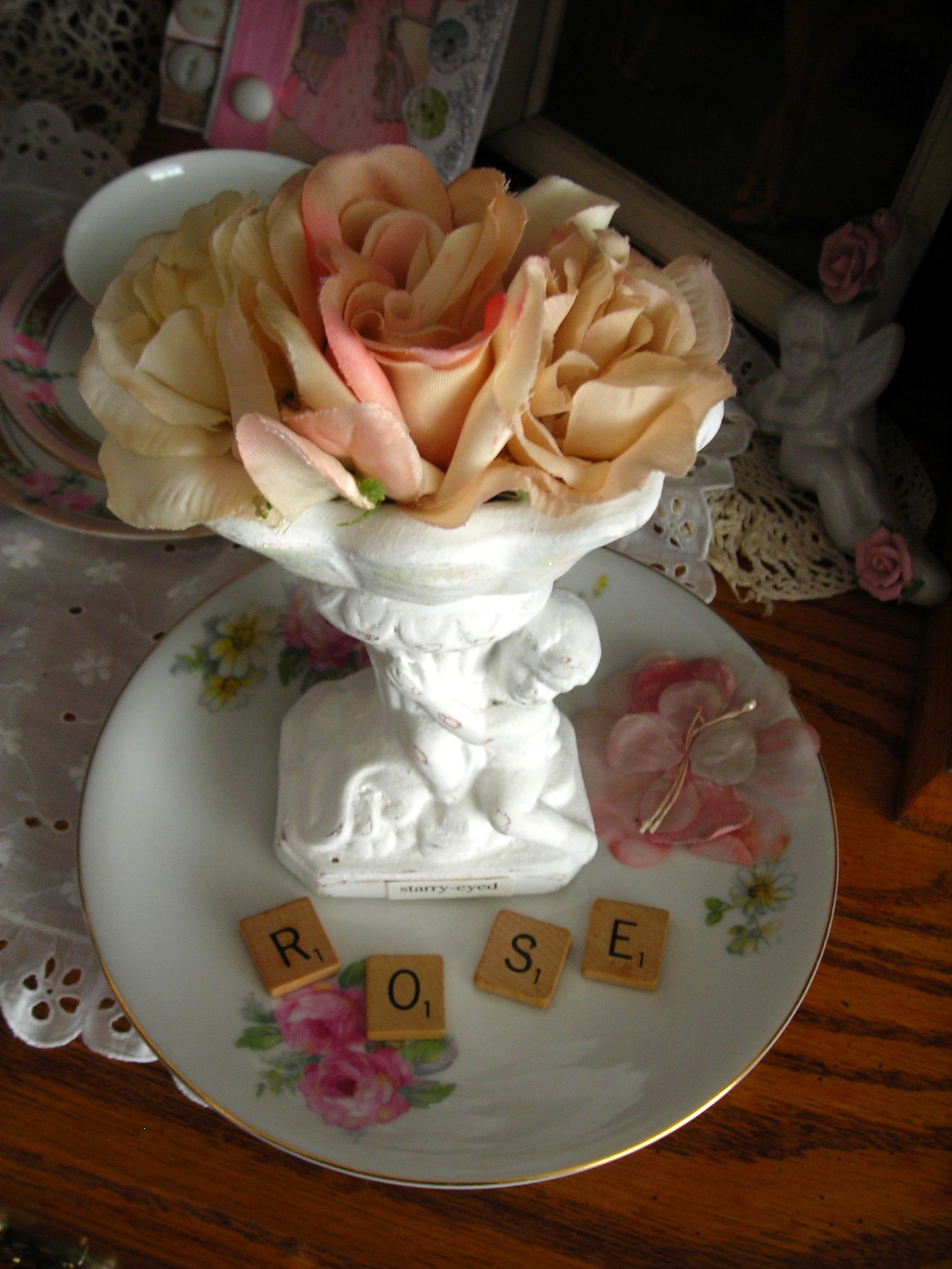 i'm a sucker for 'rose' anything! my mom's middle name was rose. here's a precious treasure collection from sue