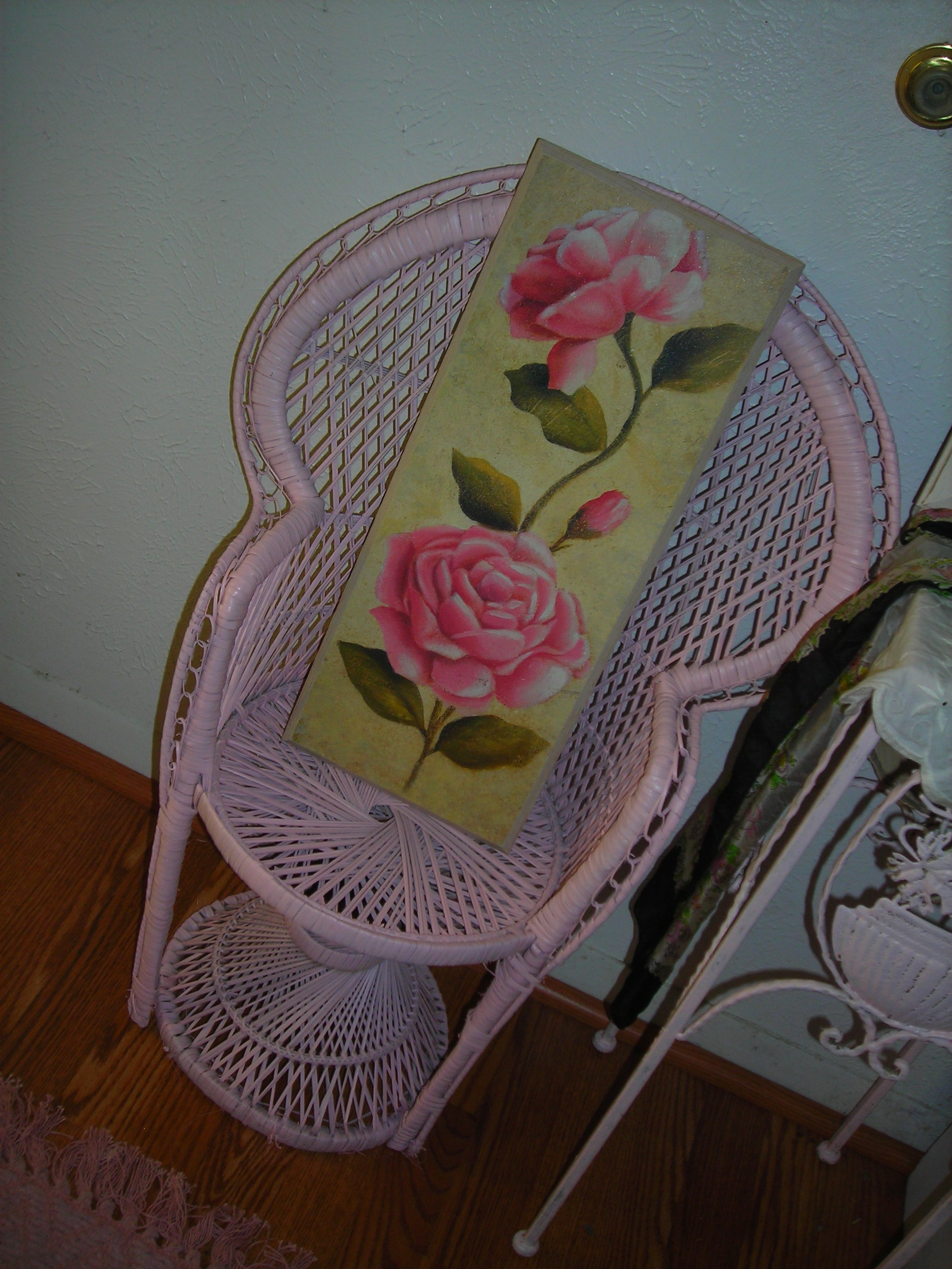 cute little wicker chair i've had for ages ... finally painted.