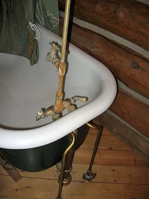 how to replace a clawfoot tub faucet
