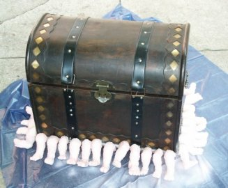 http://www.valhallaarms.com/wyvern/props/images/luggage1_small.jpg