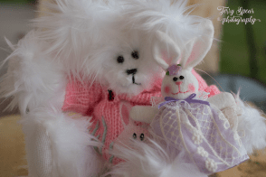 easter-white-bear-with-lilac-bunny-900-010