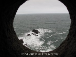 Dunnottar Castle, window to the sea, rocky death for prisoners trying to escape, copyright