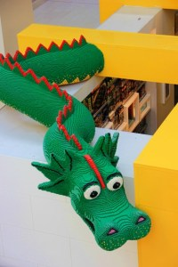 Legoland Mall of America dragon