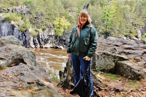 Me standing before the river before the boat ride (640x427)