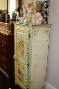 bunny chest in bear room and fairy ornaments 001 (427x640)